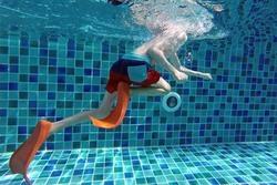 Hundeln statt Brustschwimmen